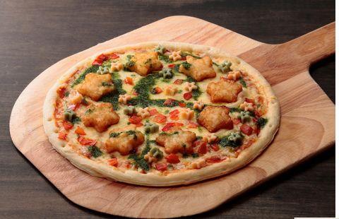 レゴランド限定フードハッシュドポテトとお星さまパスタのピザ