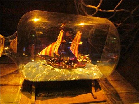 シーライフ名古屋の沈没船。沈没船というより、海賊船のようなイメージのゾーン。(SEALIFEレゴランドの水族館)4