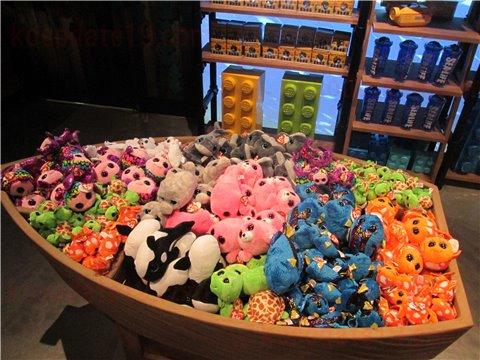 シーライフ名古屋のお土産・グッズ。お子さんには、ぬいぐるみやおもちゃがおすすめ3