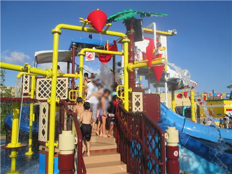 レゴランド水遊びレゴ・シティ・ビーチ・パーティ遊具内