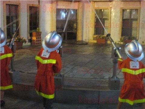 キッザニア消防士