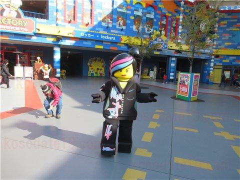【レゴの日4】レゴランドキャラクターたちがお出迎え!